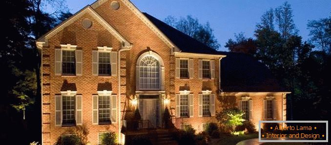 Oświetlenie Uliczne W Wiejskim Domu 32 Zdjęcia Z Pięknym